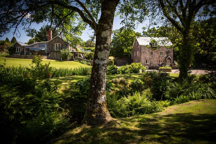 luxury cottages in Devon
